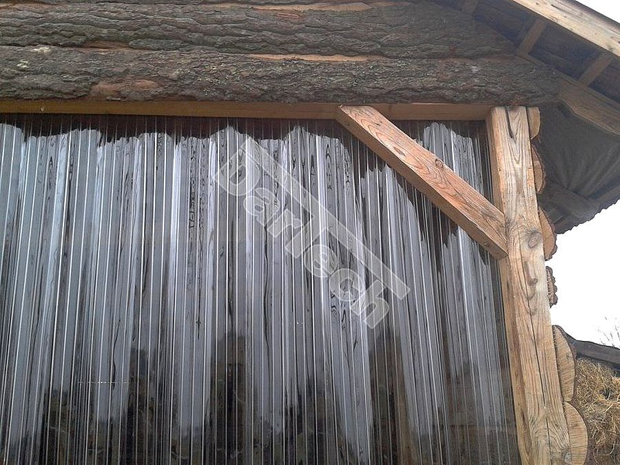 Hőszigetelő, átlátszó PVC szalagfüggönyök istálló és ól ajtókra, iparipvc.hu,